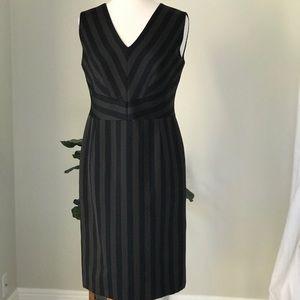 Authentic Escada Sleeveless Knee-Length Dress